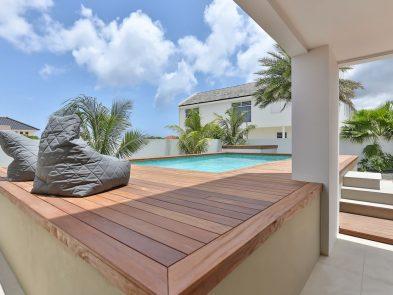 zwembad tuin villa curacao