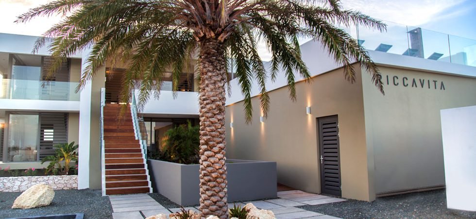 luxe penthouse villa curacao
