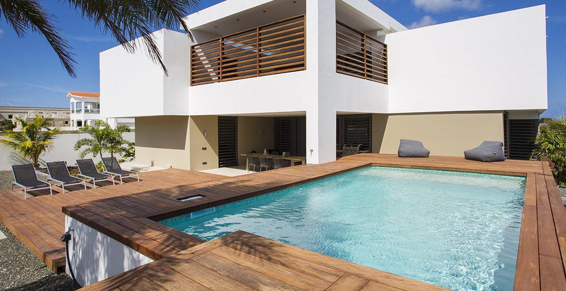 zwembad terras villa curacao