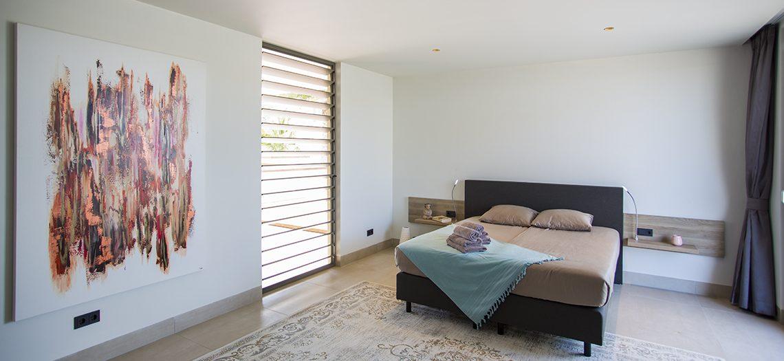 master bedroom villa curacao