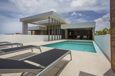 zwembad-penthouse-villa-curacao-janthiel