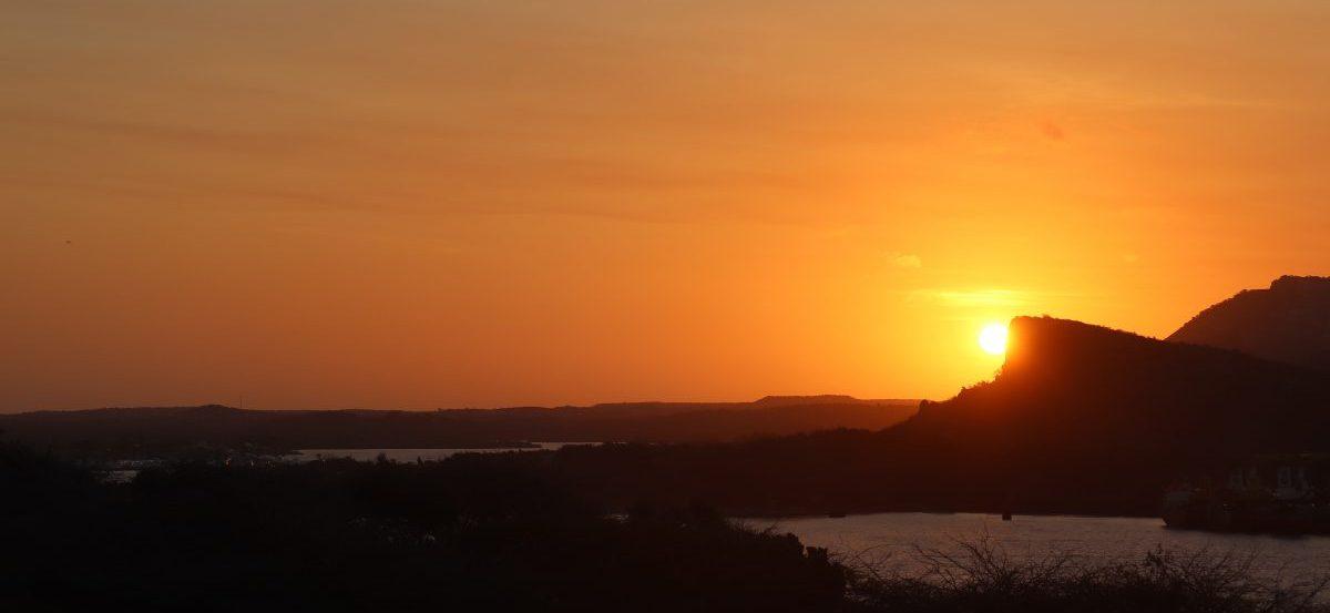 sunrise-Curacao-Riccavita